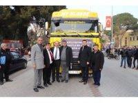 Başkan Akın yardım tırlarıyla birlikte Elazığ'a gitti