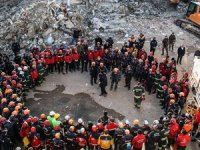 Elazığ'da çalışmalarını tamamlayan kurtarma ekipleri veda etti