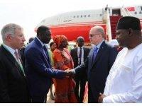 Cumhurbaşkanı Erdoğan, Gambiya'da resmi törenle karşılandı