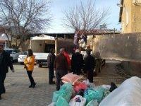 Muratpaşa'dan 5 kamyon Elazığ'a ulaştı