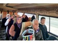 Evlat nöbetindeki aileler depremin vurduğu Elazığ'a doğru yola çıktı