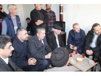 Ak Parti Mardin İl Başkanı Faruk Kılıç deprem bölgesini ziyaret etti