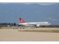 Koca Seyit Havalimanı'ndan 22 bin 165 uçak iniş kalkış yaptı