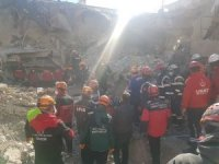 UMKE timinde yer alan Trakya Üniversiteliler, deprem bölgesinde acil sağlık ve yardım hizmeti verdi