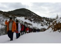 Gümüşhaneli, Trabzonlu ve Samsunlu dağcılardan kar yürüyüşü