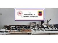Sakarya'da silah ve mühimmat operasyonu: 3 gözaltı