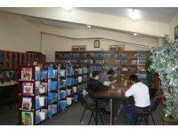 Tutuklu ve hükümlüler 2019 yılında cezaevi kütüphanelerindeki 1 milyon 102 bin kitaptan yararlandı
