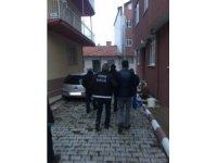 Burdur ve Denizli'de uyuşturucu operasyonu: 3 gözaltı