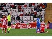 Süper Lig: Antalyaspor: 3 - Kasımpaşa: 1 (Maç sonucu)