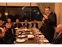 Vali Memiş, arama kurtarma ekipleri ile yemekte bir araya geldi