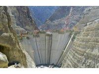 Yusufeli barajında hızla büyüyor