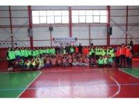 """İpekyolu Belediyesinden """"Bir Genç Bir Dünya"""" projesi"""