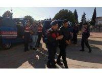 Polis süsüyle Makedon turistleri gasp eden 4 İranlı tutuklandı