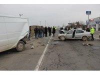 Diyarbakır'da zincirleme trafik kazası: 2 ağır yaralı