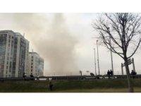 Kağıthane'de izolasyon çalışması yapılan binada yangın