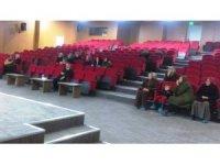 """Hisarcık'ta velilere """"Ergenlik Dönemi ve Mahremiyet"""" konulu seminer"""