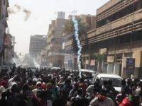 Sudan'daki protestolarda 17 kişi yaralandı