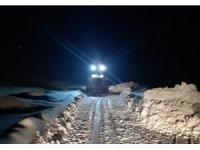 Esendere Belediyesinden karla mücadele çalışması