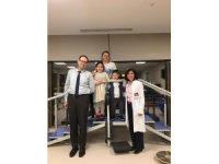 Serebral palsi hastası Ege, fizik tedavi ile yürümeye başladı