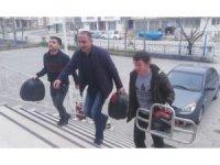 Motosiklet hırsızlığı zanlıları tutuklandı