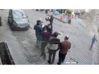 Esenyurt'ta iki grubun makaslı, cam şişeli kavgası kamerada