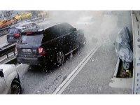 Beyoğlu'nda korkutan patlama: 1 yaralı