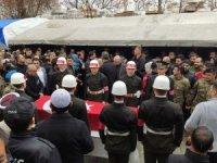İdlib şehidi Teğmen memleketi Hatay'da toprağa verildi