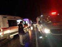 Siirt'te çayda mahsur kalan 35 kişi kurtarıldı