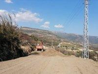 Heyelandan zarar gören yol ulaşıma açıldı