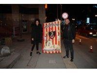 Galatasaray taraftarları galibiyeti doyasıya kutladı