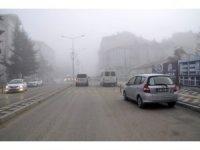 Şuhut'ta sis etkili oldu
