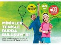 Minikler tenisle 17 Burda'da buluşuyor