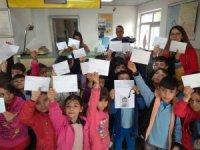 Sarıgöllü öğrencilerden Elazığ'a moral mektubu