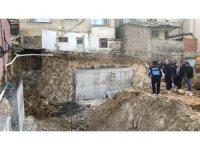 Darıca'da inşaat temelinde kayma meydana geldi