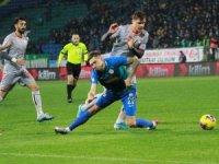 Süper Lig: Çaykur Rizespor: 0 - Medipol Başakşehir: 1 (İlk yarı)