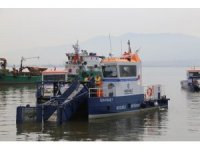 İzmit Körfezi'nden 380 ton çöp toplandı