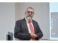 """Prof. Dr. Ulutin: """"Korona virüs'ten korunmak tedaviden daha çok can kurtarıcı"""""""