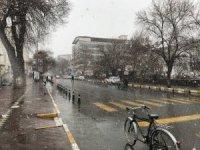 Iğdır'da kar yağışı başladı