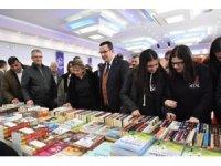 Mustafakemalpaşa'da Kitap Günlerine yoğun ilgi
