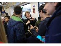 İşitme engelli çocuklar tramvayla şehir turu attı