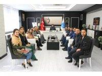 Eğitim Tiyatro Derneği üyeleri Karacoşkun'la bir araya geldi