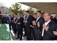 Uysal, partisinin vefat eden il başkanının cenaze törenine katıldı
