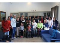 Özel yüzücüler şampiyona öncesi Başkan Aras'ı ziyaret etti