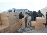 Yüksekova'dan Başkale'deki depremzedelere yardım eli