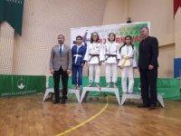 Yunusemreli judocular Bursa'da madalyaları topladı