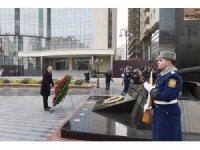 Azerbaycan halkı Hocalı Katliamı'nı 28. yıl dönümünde anıyor
