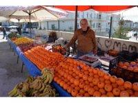 Semt pazarına ilgi yoğun