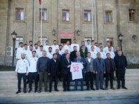 Isparta 32 Spor'dan Vali Seymenoğlu'na teşekkür ziyareti