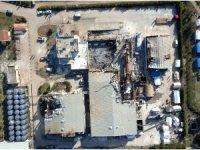 Bombalanan fabrikanın enkazında yaşıyorlar