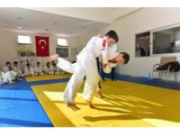 Karacaoğlan Ortaokulu Judo İl Birincisi